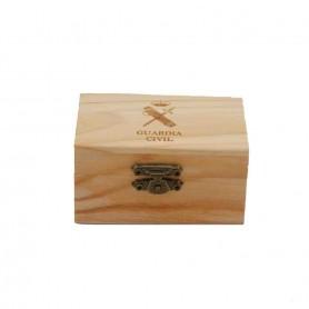 Caja madera Guardia Civil 110x75