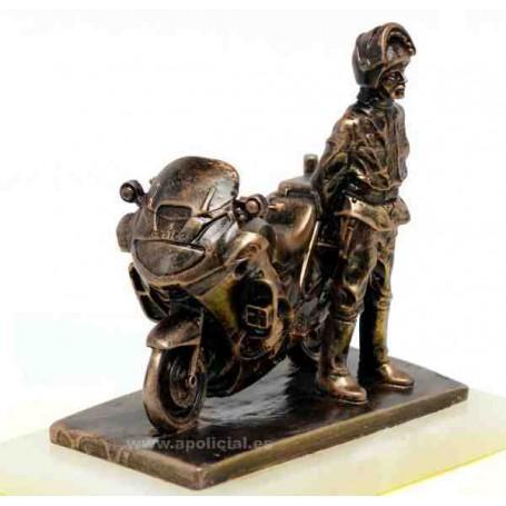 Figura Motorista con moto pequeña