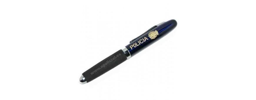 Llaveros y bolígrafos
